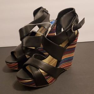 KENNETH COLE UNLISTED BEND THE RULES WEDGE SANDALS
